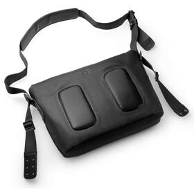 Brooks Barbican Shoulder Bag total black